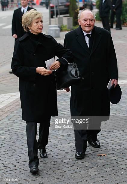 German publisher Friede Springer arrives for the memorial service for Loki Schmidt wife of former German Chancellor Helmut Schmidt at the St...