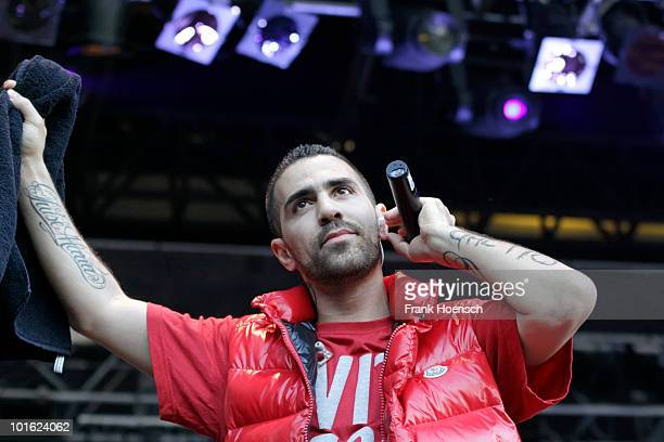 German Rapper Bushido performs live during a concert at the Zitadelle Spandau on June 4 2010 in Berlin Germany The concert is part of the Citadel...