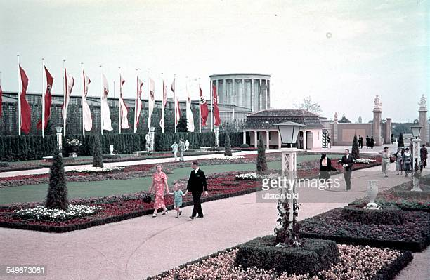 German Reich Prussia Berlin Exposition site at the Funkturm promenading in the 'summer garden' 1938