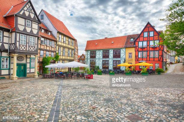 german romantic half-timbered buildings in german city of quedlinburg (harz district) - saxony anhalt stock pictures, royalty-free photos & images