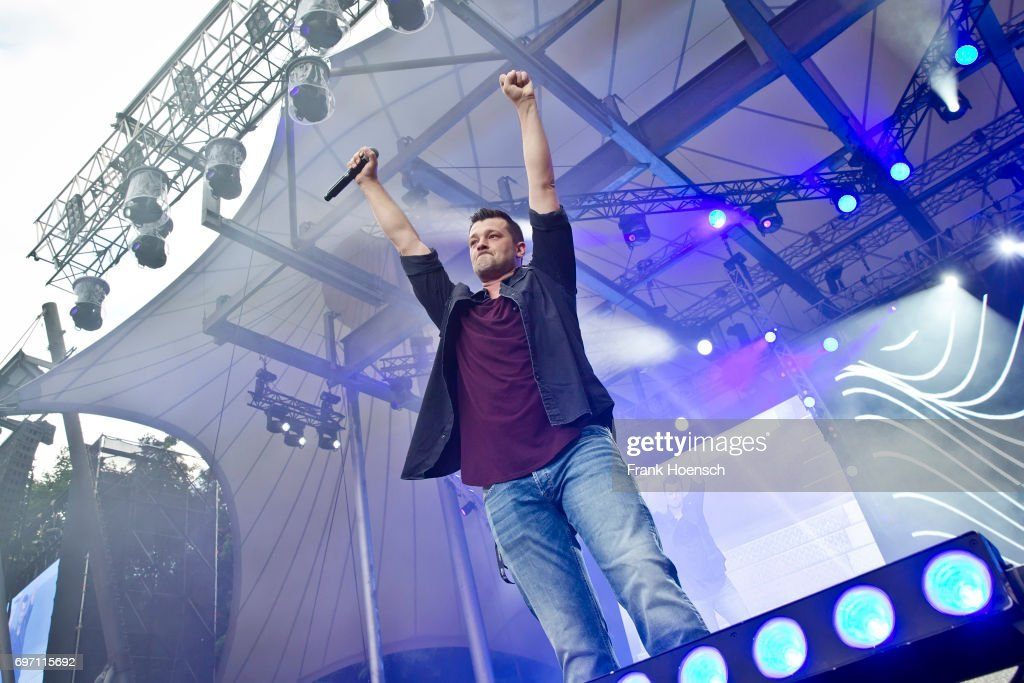 German singer Achim Petry performs live during the show 'Die Schlagernacht des Jahres' at the Waldbuehne on June 17, 2017 in Berlin, Germany.