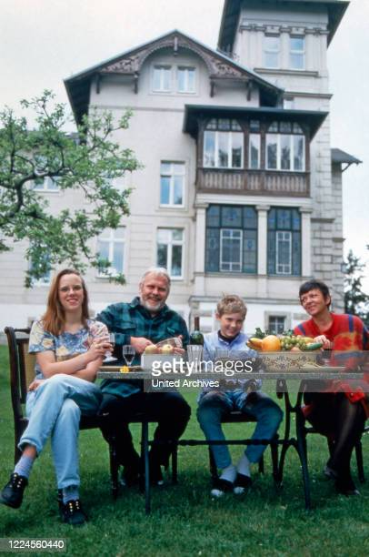 German singer Gunther Emmerlich with family in the garden of his Villa Maria at Dresden Germany circa 1995
