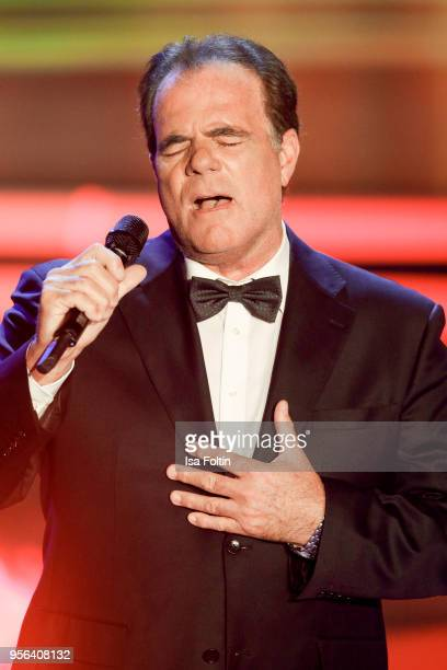 German singer Hein Simons performs during the tv show 'Stefanie Hertel Die grosse Show zum Muttertag' on May 8 2018 in Altenberg Germany
