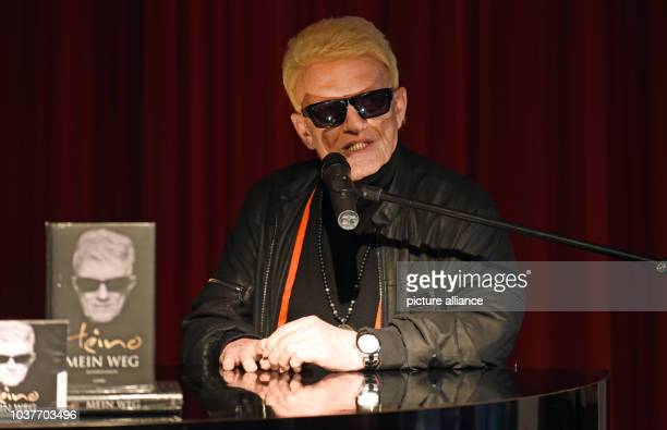 German singer Heino presents his autobiography 'Mein Weg' at Mayerschen Droste book store in Duesseldorf, Germany, 20 April 2015. TheGerman folk...
