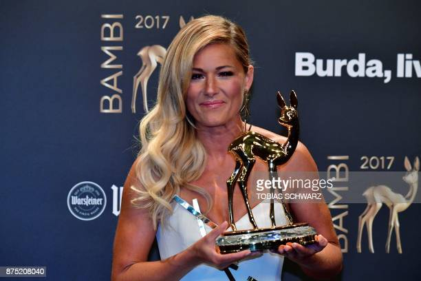 German singer Helene Fischer poses after receiving the 2017 Bambi Award in the 'National music' category during the award ceremony on November 16...