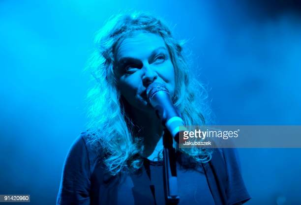 German singer Inga Humpe of the pop band 2raumwohnung performs live during a concert at the Admiralspalast on October 4 2009 in Berlin Germany The...