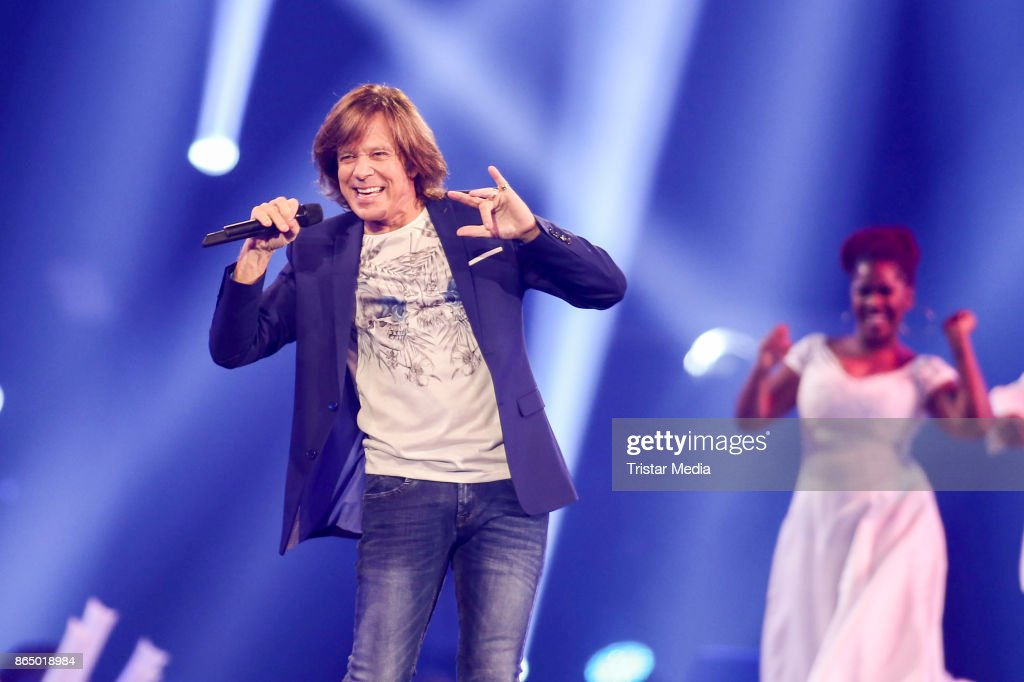 German singer Juergen Drews performs at 'Schlagerboom - Das Internationale Schlagerfest' at Westfalenhalle on October 21, 2017 in Dortmund, Germany.