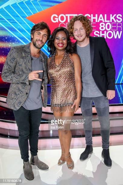 German singer Max Giesinger Tina turner musical actress Kristina Love and German singer Michael Schulte at Gottschalks Grosse 80er Show on September...