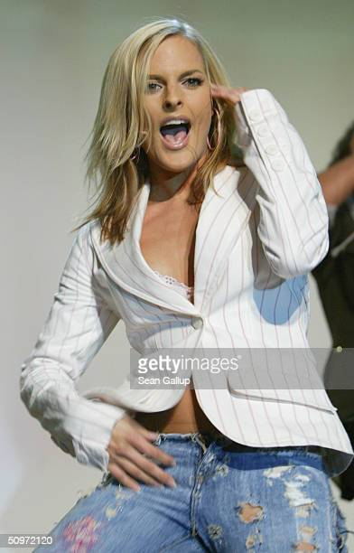 German Singer Sandy performs at the Bunte Magazine New Faces award and party to celebrate new and upcoming German film stars on June 17 2004 at the...