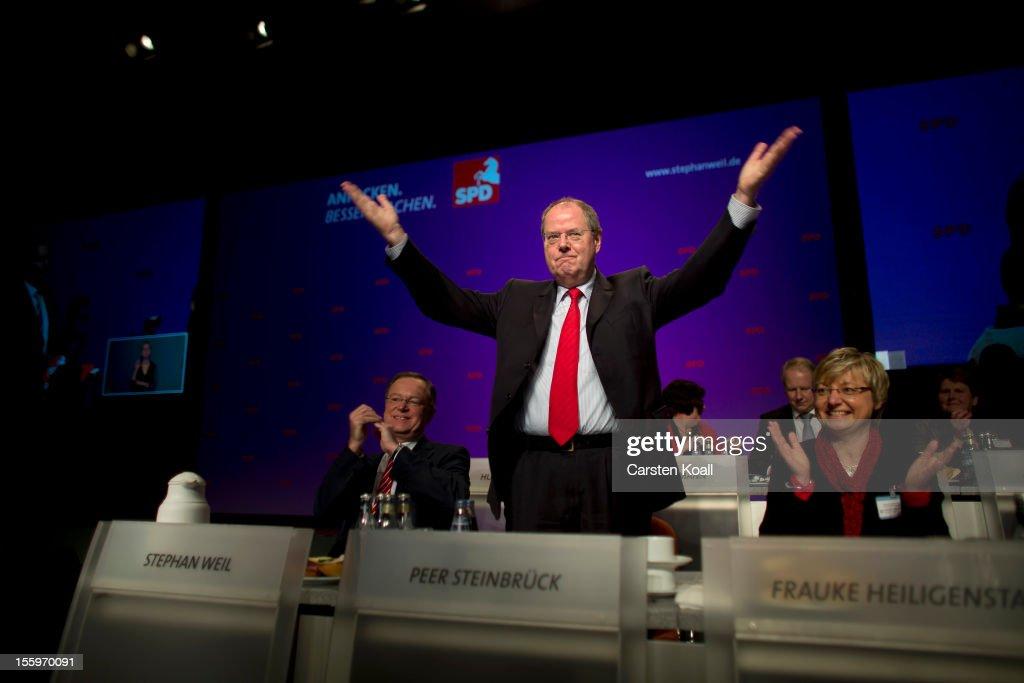 Peer Steinbrueck Attends Lower Saxony SPD Convention : News Photo