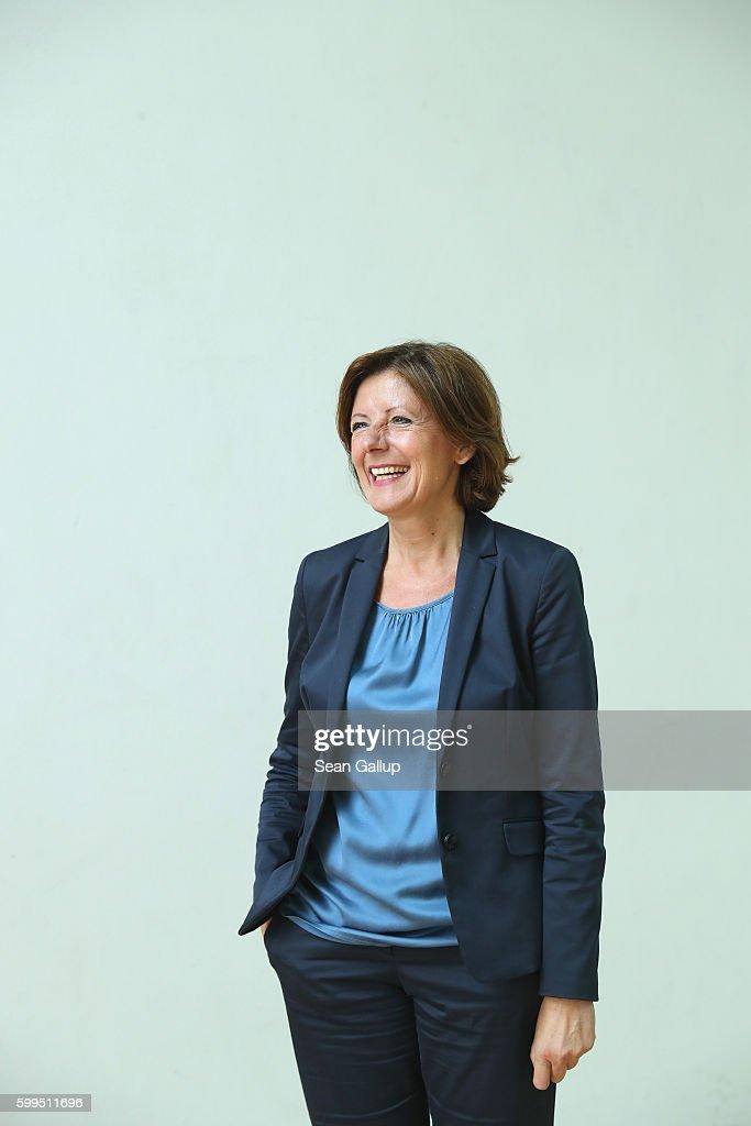 Malu Dreyer Speaks To Foreign Journalists Association
