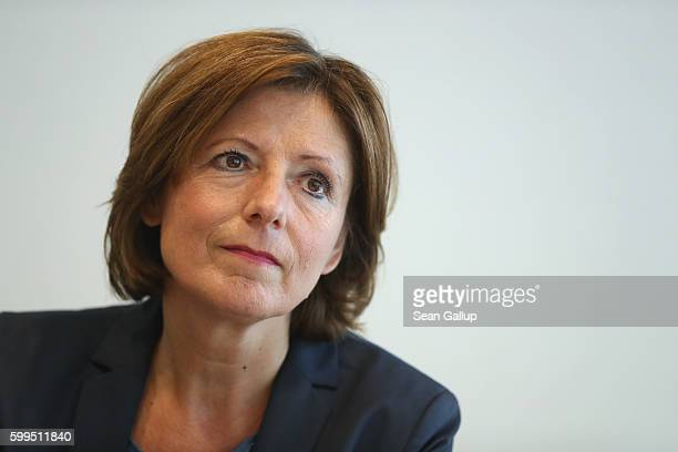 German Social Democrat and Governor of Rhineland-Palatinate Malu Dreyer speaks with members of the Foreign Journalists Association on September 5,...
