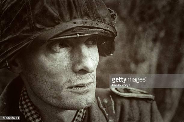 Soldat allemand-Portrait de bataille de la Seconde Guerre mondiale, prêt
