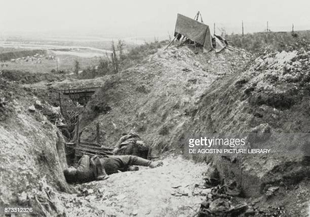 German soldiers killed in trenches by enemy fire Battle of the Somme France World War I from L'Illustrazione Italiana Year XLIII No 31 July 30 1916