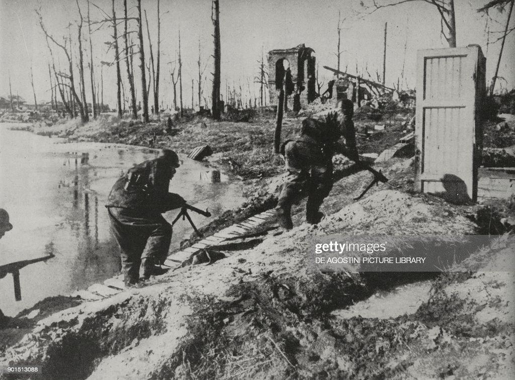 German soldiers near Nikopol : News Photo