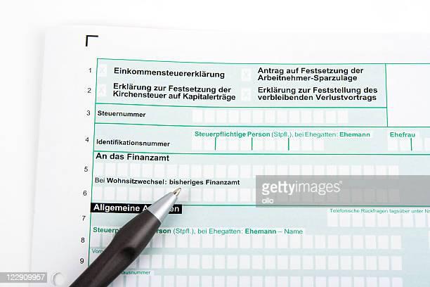 Deutsche Steuererklärung und Stift-Einkommenssteuererklaerung