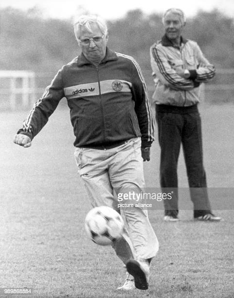 German team coach Jupp Derwall at the practice with the team during the World Cup in Spain