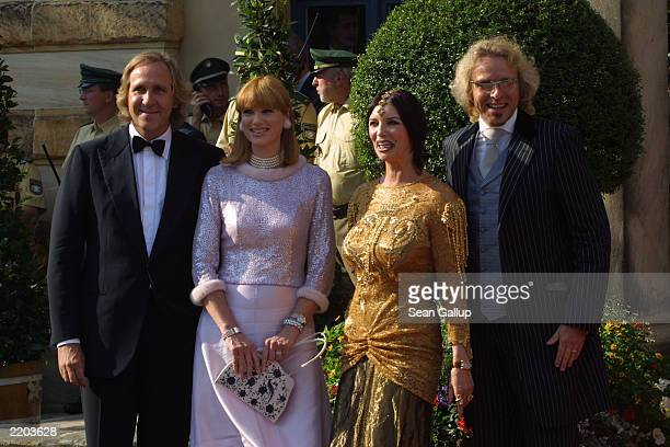 German television entertainment show host Thomas Gottschalk arrives with his brother Christoph and companions at the opening day of the 2003 Bayreuth...