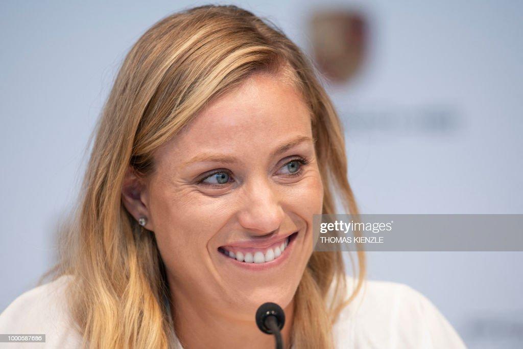 TENNIS-GER-KERBER : News Photo