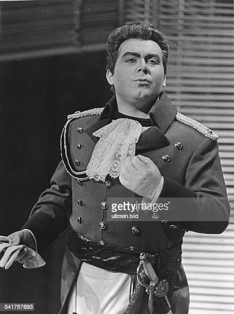COSI FAN TUTTE German tenor Peter Schreier as Ferrando in Wolfgang Amadeus Mozart's opera 'Cosi Fan Tutte' Berlin 1965