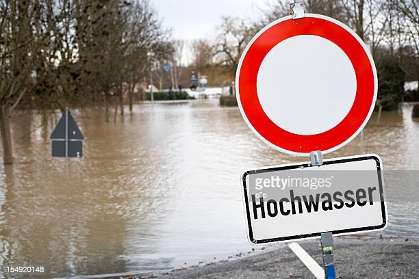 Panneau de signalisation de l'Allemagne, l'eau, la route fermée, Hochwasser