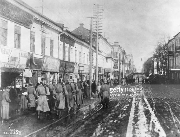 German troops entering Minsk after its capture during World War I