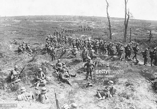 German troops travel the famous route Chemin des Dames from Soissons to Craonne on their way to the Aisne battlefields The first Battle of the Aisne...