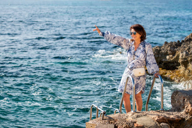 ESP: Photo Shooting With Claudia Obert In Ibiza