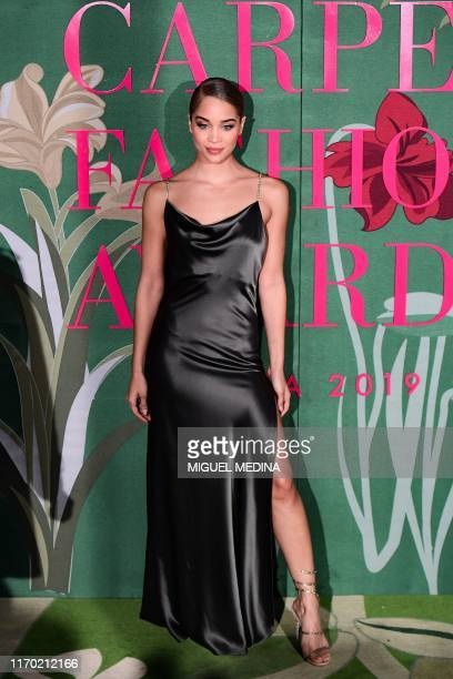 German US model and influencer Jasmine Sanders poses as she arrives to attend the Green Carpet Fashion Awards Italia 2019 within the Women's Spring...