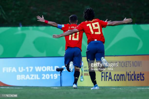 German Valera and Pablo Moreno of Spain celebrate with a teammates after scoring a gol during the FIFA U17 Men's World Cup Brazil 2019 group E match...