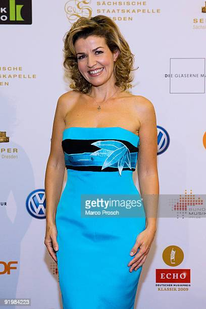 German violinist Anne Sophie Mutter poses with her Klassik Echo award on October 18, 2009 at the Semper Opera in Dresden, Germany.