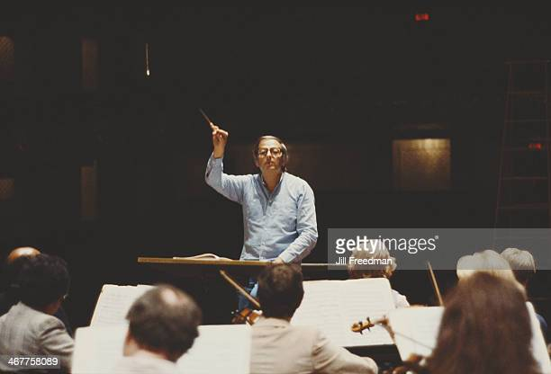 GermanAmerican pianist composer and conductor André Previn leads the Pittsburgh Symphony Orchestra in Pittsburgh Pennsylvania September 1983