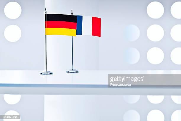 ドイツ、フランスの旗