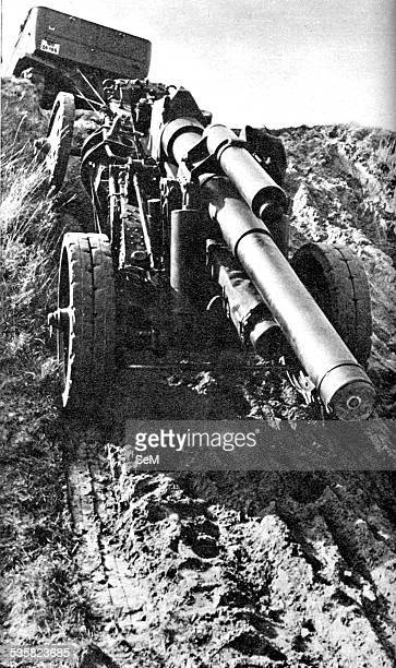 Germany at war Signal magazine 1940 German heavy artillery on the march towards the front