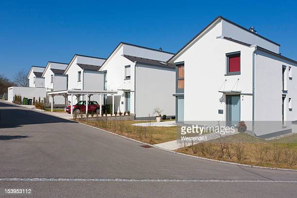 germany, baden wurttemberg, aldingen, row of modern detached houses - terraced_house stock pictures, royalty-free photos & images