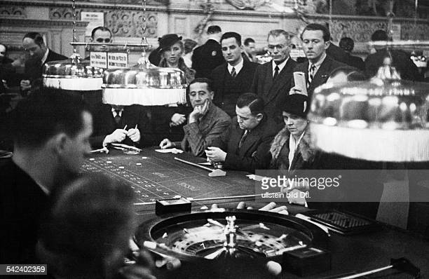 Germany BadenBaden Casino photographing with the candid camera scene at the roulette table published by Berliner Illustrirte Zeitung...