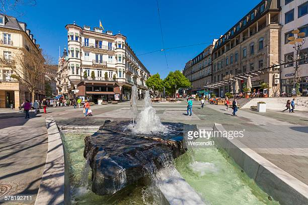 Germany, Baden-Wuerttemberg, Baden-Baden, Leopold square, fountain and pedestrian area
