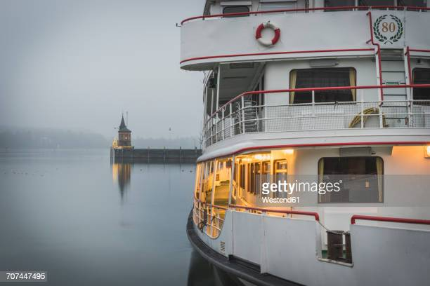 Germany, Baden-Wuerttemberg, Constance, harbor, Christmas illumination in fog