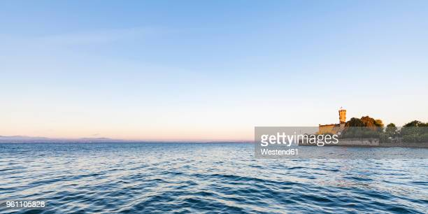germany, baden-wuerttemberg, langenargen, lake constance, panoramic view of montfort castle - bodensee stock pictures, royalty-free photos & images