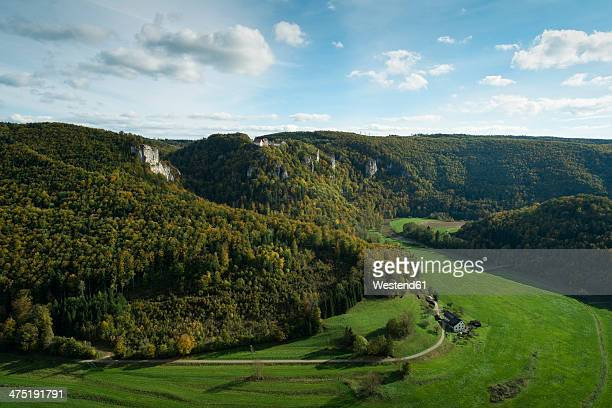 Germany, Baden-Wuerttemberg, Sigmaringen, Upper Danube Valley with Wildenstein Castle
