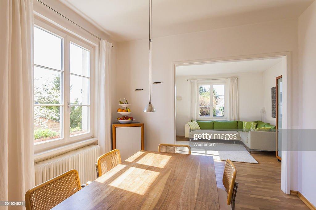 Germany, Baden-Wuerttemberg, Stuttgart, dining room and living room : ストックフォト