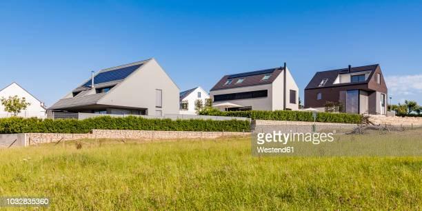 Germany, Baden-Wuerttemberg, Stuttgart, Ostfildern, modern efficiency villas, solar panels on roof