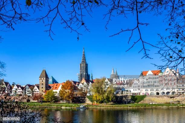 Germany, Baden-Wuerttemberg, Ulm, Ulm Minster and Danube river
