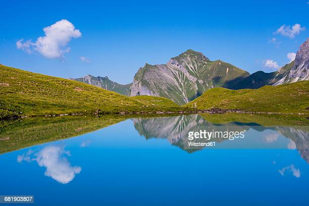 Germany, Bavaria, Allgaeu, Allgaeu Alps, Oy Valley, Lake Eissee, Mountains Himmelhorn, Schneck and Himmeleck