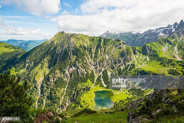 Germany, Bavaria, Allgaeu, Allgaeu Alps, Unterer Gaisalpsee, Upper Gaisalp Lake, Entschenkopf in the background