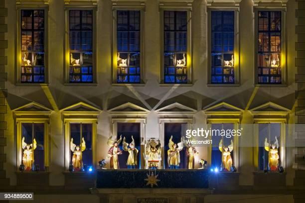 germany, bavaria, augsburg, engelesspiel at townhall - augsburg zwaben stockfoto's en -beelden