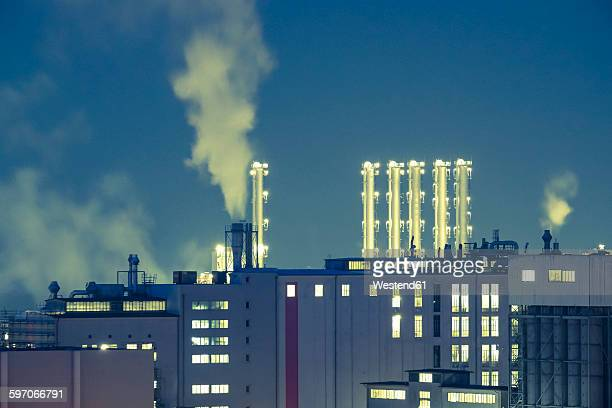Germany, Bavaria, Burghausen, industrial area at night