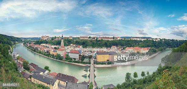 Germany, Bavaria, Burghausen, View to Old town and castle complex, Salzach river, 360 degree view