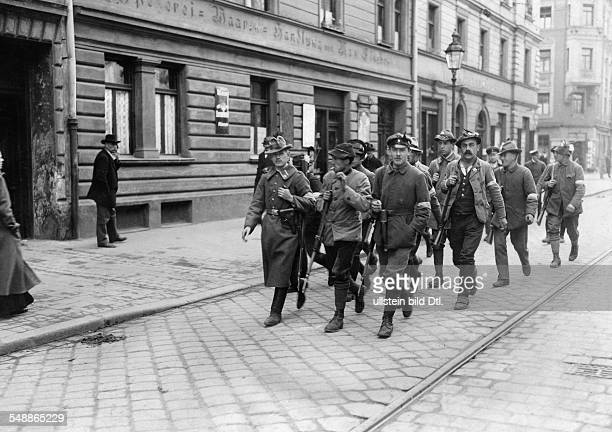 Germany Bavaria Free State Munich patrol of the Werdenfelser Freikorps in the streets of the suburb Giesing 1919 Photographer Frankl Published by...