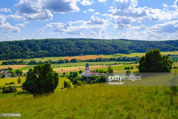 germany, bavaria, gungolding, kirche gungolding in gungoldinger wacholderheide nature reserve - kirche stock pictures, royalty-free photos & images